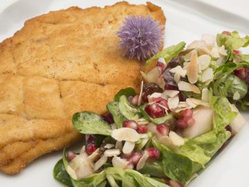 Filetes de pavo rellenos con ensalada
