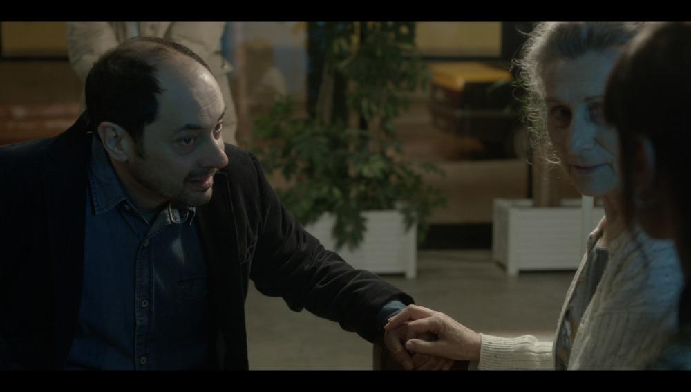 Francesc  conecta con la madre de Inma