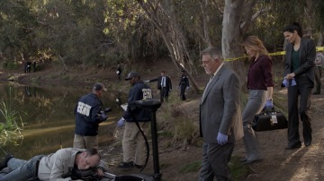 Jane y Maura resuelven un asesinato sin huellas