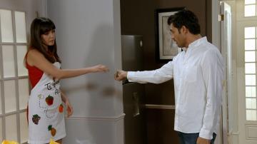 Alejandro echa a Lisete de su casa