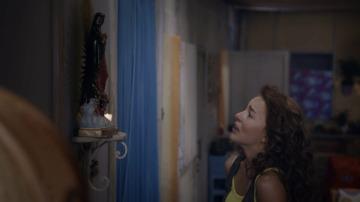 Ana Lucía se muda a la ciudad