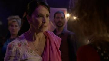 La madre de Ana Lucía, se siente engañada por su hija