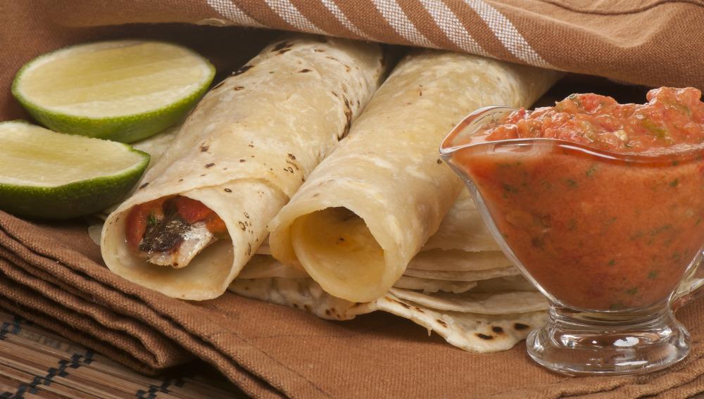 Tacos de sardinas asadas
