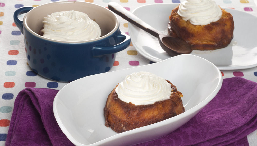 Borrachitos de boniato con chantilly de coco