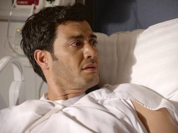 Alejandro se entera de que Inés es su madre