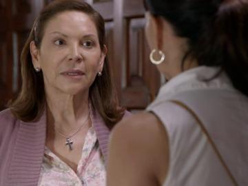 Frame 146.594824 de: Remedios se enfada con Soledad