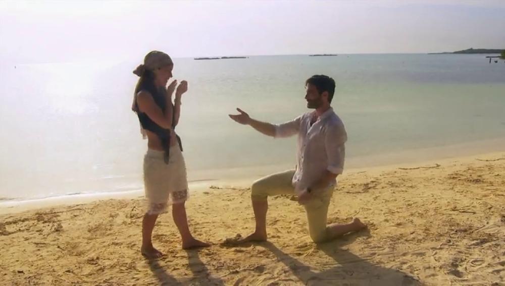 """Frame 65.613856 de: """"Paulina Murat: ¿Quiéres casarte conmigo?"""""""