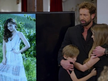 Frame 117.483625 de: David y sus hijos celebran el aniversario más triste
