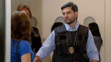 Carmen, detenida en el aeropuerto por tráfico de drogas