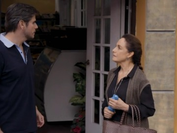 Robert se queda impactado al ver a Blanca