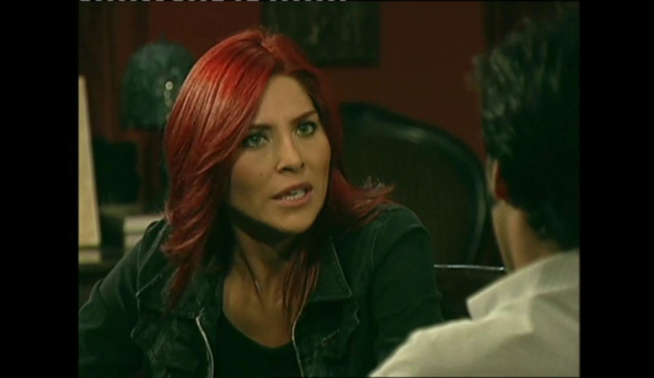 Dinora presiona a Fernando para vender la hacienda de los Elizondo
