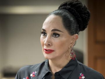 Susana Dosamantes es Gloria