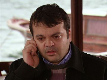 Mukaddes se va de casa y se lleva a Murat