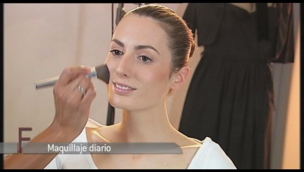 Maquillaje de día de una forma sencilla y natural