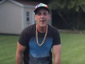 """""""DiezPe$itos"""", la parodia del """"Despacito"""" de Carlos Ponce"""