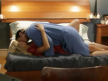 Ignacio y Chantal pasan una noche de pasión
