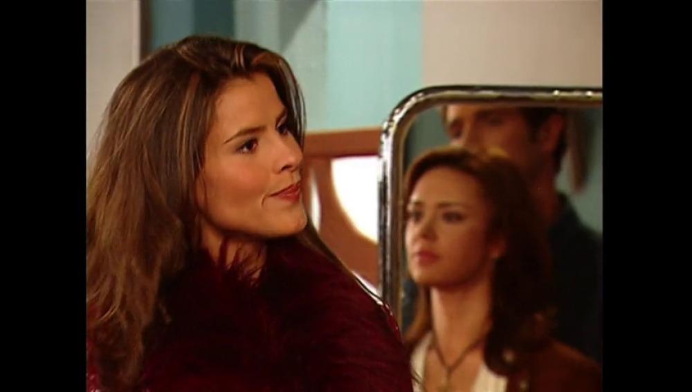 El tenso e inoportuno encuentro de Rosario Montes son Sara Elizondo