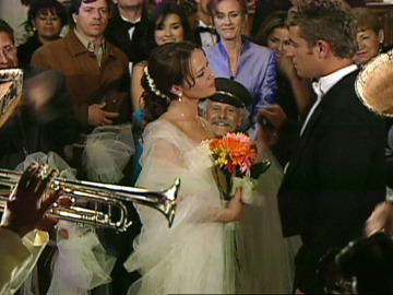 Franco Reyes y Sarita Elizondo se dan el 'Sí quiero'